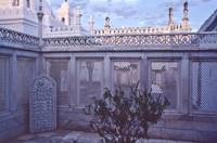 aurangzeb's tomb at sunset