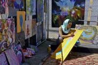 Deep Ellum - Artist at Work