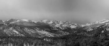 Colorado Rocky Mountain Peaks  Panorama BW Pt2