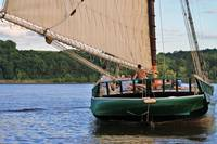 Sloop Clearwater Astern
