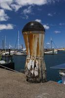 Weathered Bollard at Apollo Bay 011142593