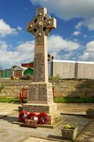 War Memorial, Staithes (40381-RDA)