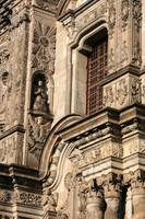 Architecture in La Compania Church