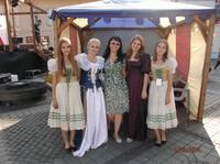 Isabela with Medieval ladies Sibiu SEP2014