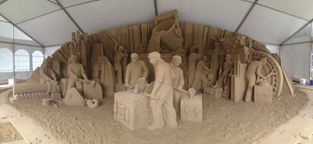 Steel workers heritage sandsculpture