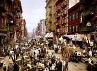 1900 view of Mulberry Street. It is a principal th