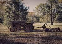 Old time tractor