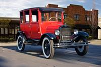 1927 Ford 'Top Hat' Model T Sedan