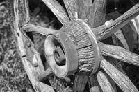 Old wooden wheel and hub (1 of 1)