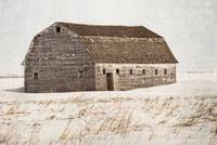 Old barn by brunkild in winter
