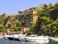 Sorrento Yacht harbour and Cliff Top
