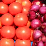 """Tomatoes and Red Onions"" by rhamm"