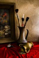 painting brushes and bronze jugs