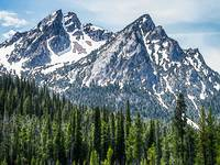 Sawtooth Mountain