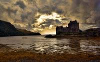 Sunset and Storm 3(Eilean Donan Castle)