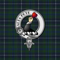 Glen Scottish Clan Badge and Tartan