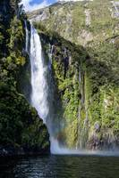 Milford Sound Bay Waterfall_0158