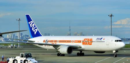 ANA's B-767/300, JA604A, STAR WARS BB6