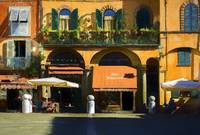 Lucca Cafe 2