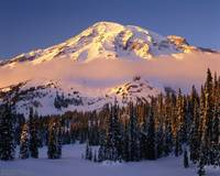 Winter sunset cloud at Mount Rainier (w caption)