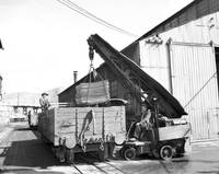 West Lyell open-cut mine, pure copper being loaded