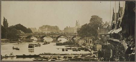 Untitled [Cambridge sculls], 1919, by Herbert Gree