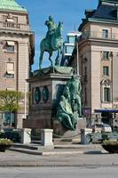 456-Monument_to_King_Gustavus_Adolphus_of_Sweden