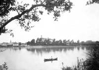 Canoeing on Lake Merritt, Oakland, circa 1880