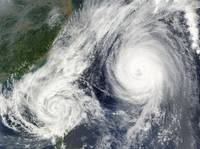 Super Typhoon, Parma crossed over the northern tip