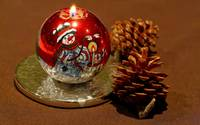 Christmas Pine Cones And Snowman Candle