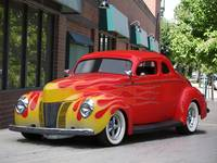 1940 Ford 'Chopped Top' Coupe 2