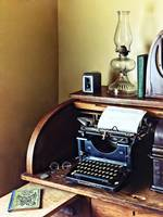Vintage 1920s Typewriter In Home Office