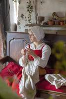 Tudor woman embroidery