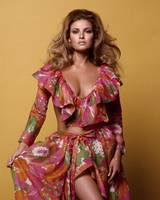 Raquel Welch fashion