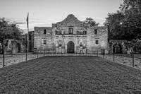 Texas Alamo in BW