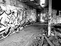 Coolest B&W Graffiti Pic