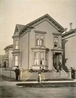 Woodward's residence, corner of 10th and Clay Stre