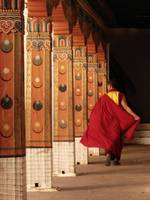 MONK IN PUNAKHA DZONG