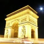 """Paris on a Full Moon"" by ishotya"