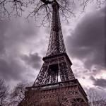"""""""la Tour Eiffel en Gris"""" by Shutterscript"""
