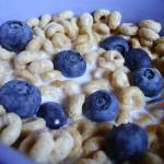 """""""Blueberries & Cheerios"""" by teaandorigami"""