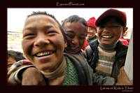 Let me in! Tibetan children..
