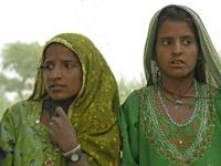 thar girls01
