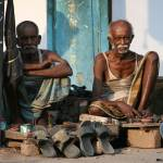 """2 freres bangladeshi cireurs de chaussures (Khulna"" by drutelp"