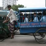 """""""Un Rickshaw-Wallah specialise dans le ramassage sc"""" by drutelp"""