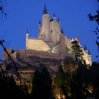 Night view of the Alcazar