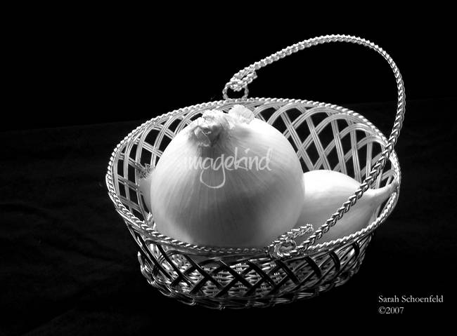 white_onion_silver_basket