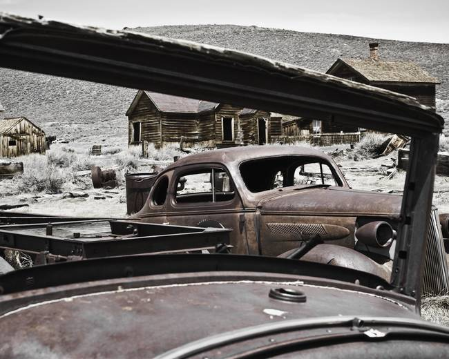 Rusty Cars at Bodie State Park California )0452(