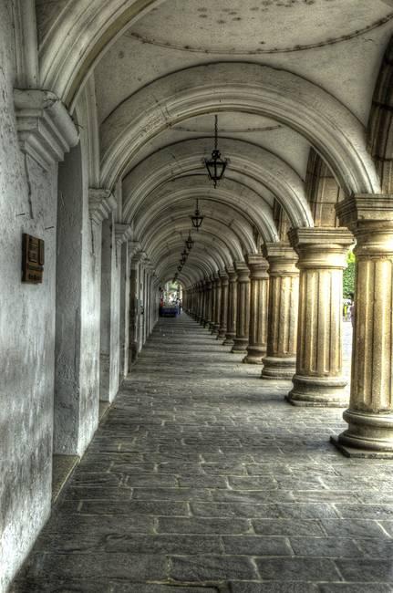 Captain's Colonnade