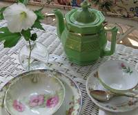 Green China Teapot - A Better Look